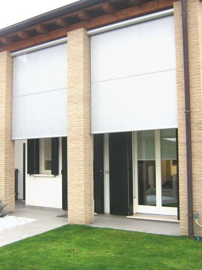 Finextra riccione finestre persiane ed oscuranti porte per interni porte blindate e - Pellicole oscuranti per finestre ...