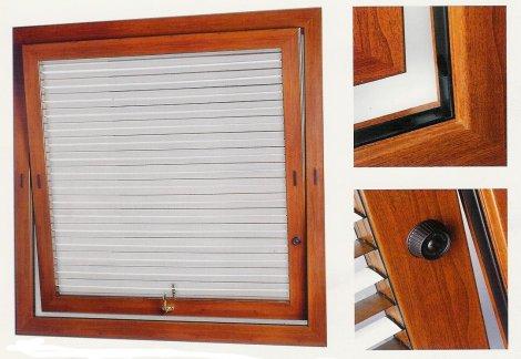 Finextra riccione finestre persiane ed oscuranti for Finestre a bilico verticale